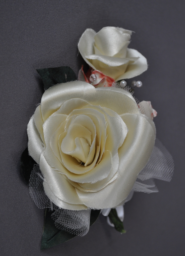 MF corsage petal rose02 WD